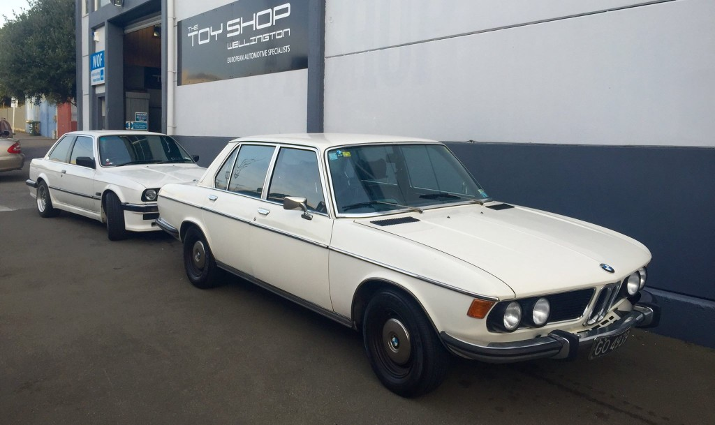 Toy-Shop-Wellington-BMW-classics-white