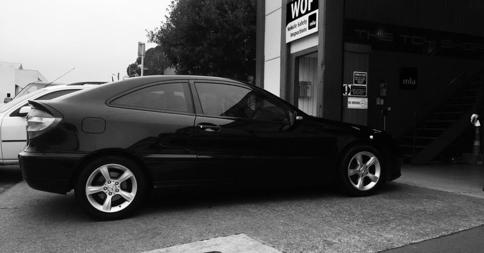 Toy-Shop-Wellington-Black-Mercedes-Service