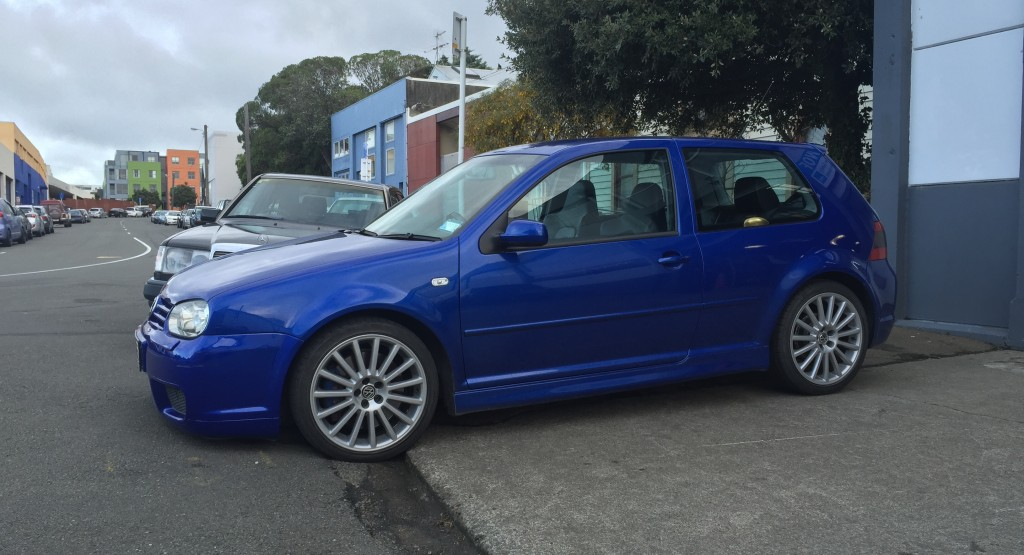 Toy-Shop-Wellington-VW-R32-Service-brakes