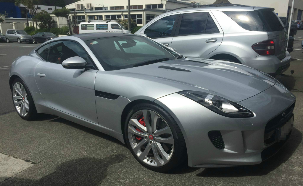 toy-shop-wellington-jaguar-f_type-2