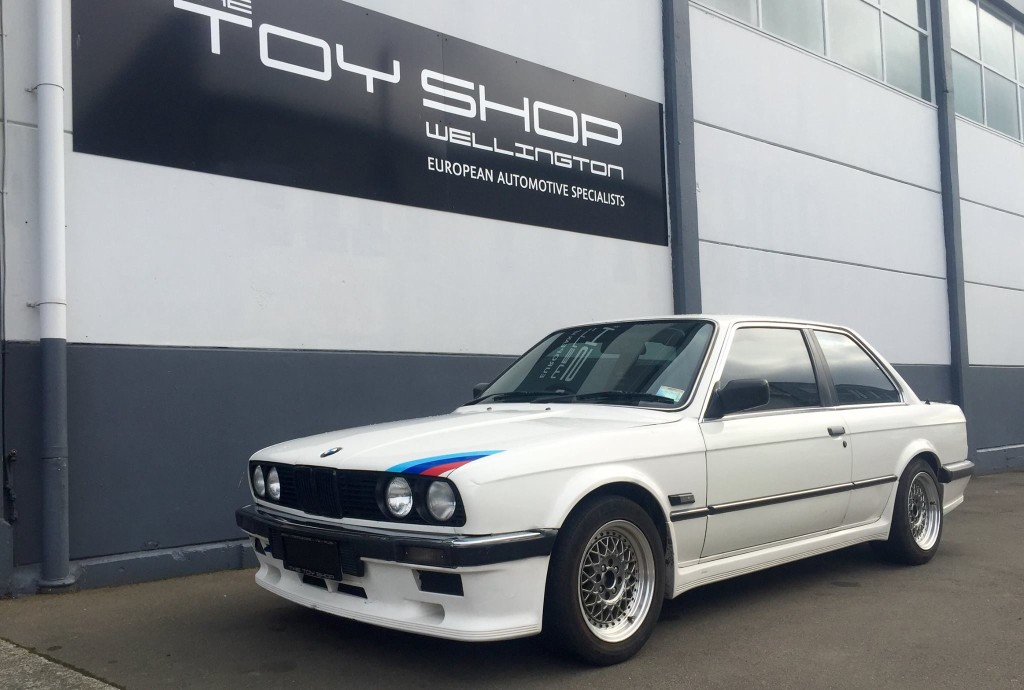 Toy-Shop-Wellington-BMW-E30-WOF-2