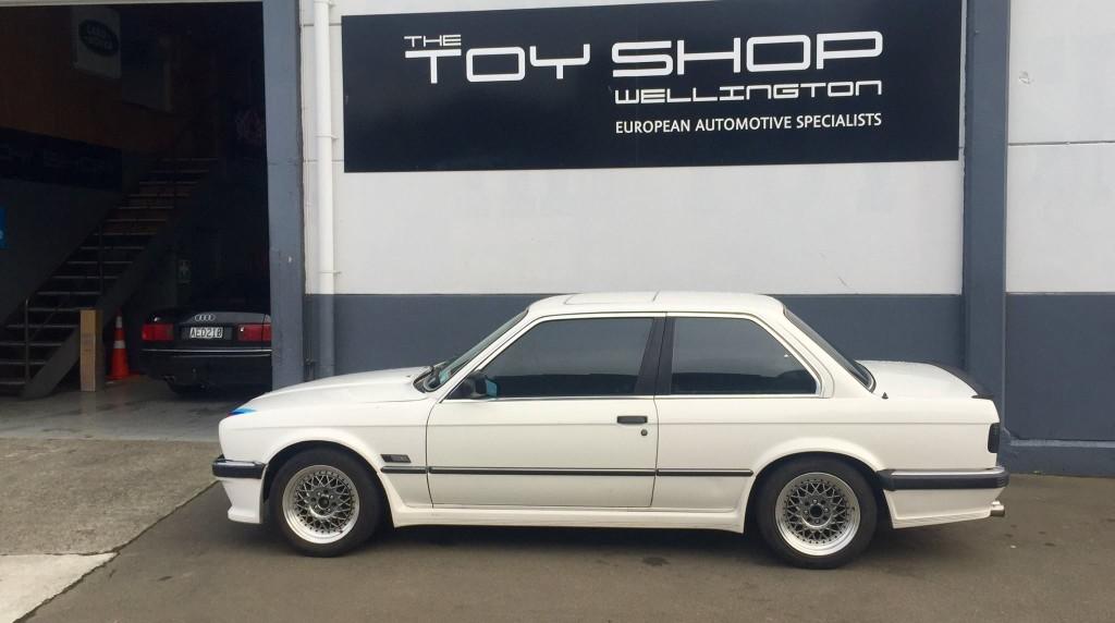 Toy-Shop-Wellington-BMW-E30-WOF-3