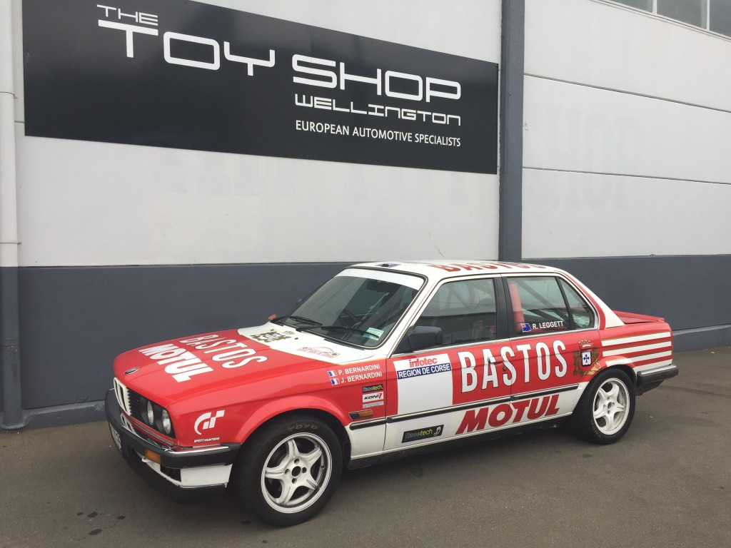 Toy-Shop-Race-car-BMW-E30-3