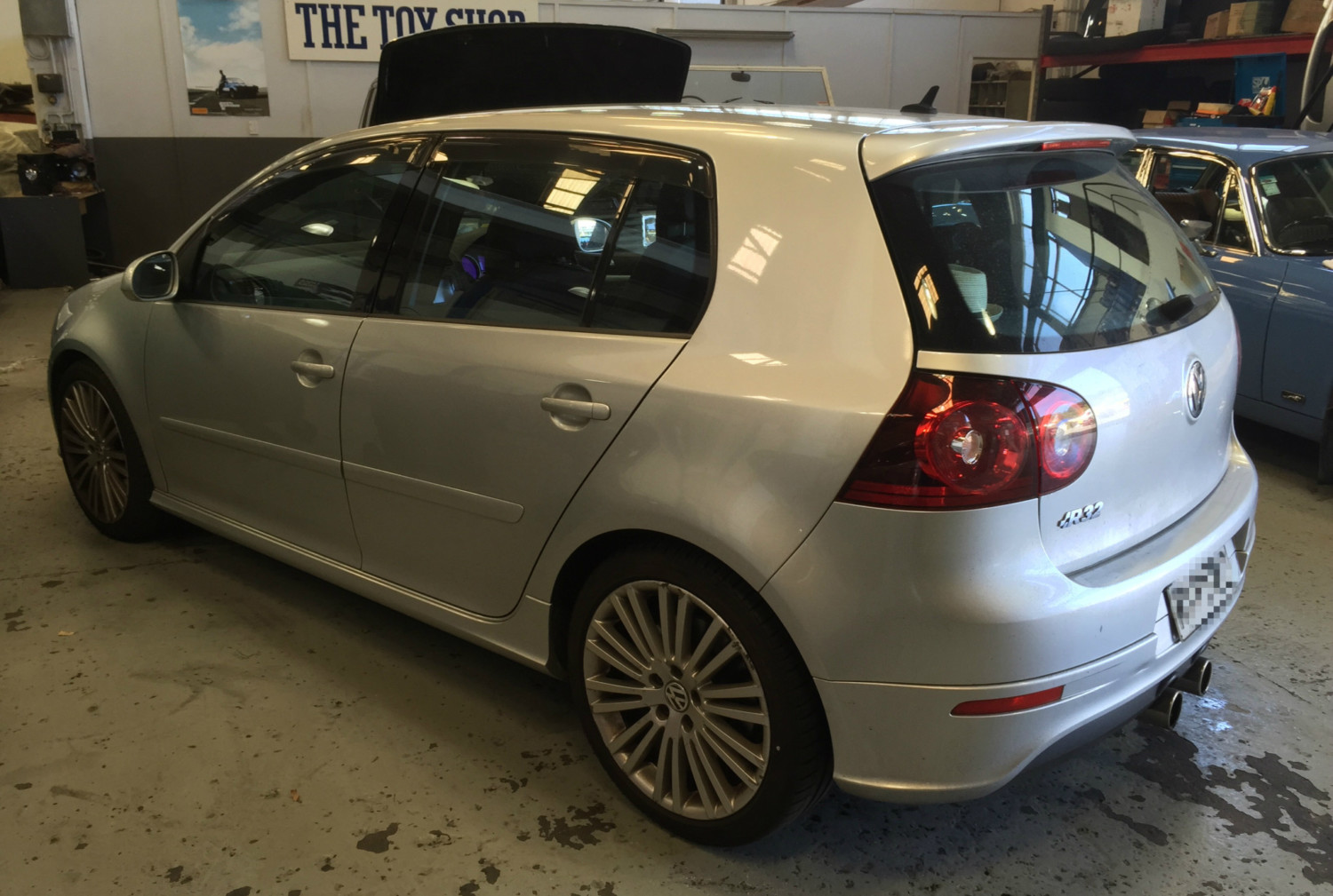 Vw Tunes Happening Today R32 And Gti Mk5 Golfs