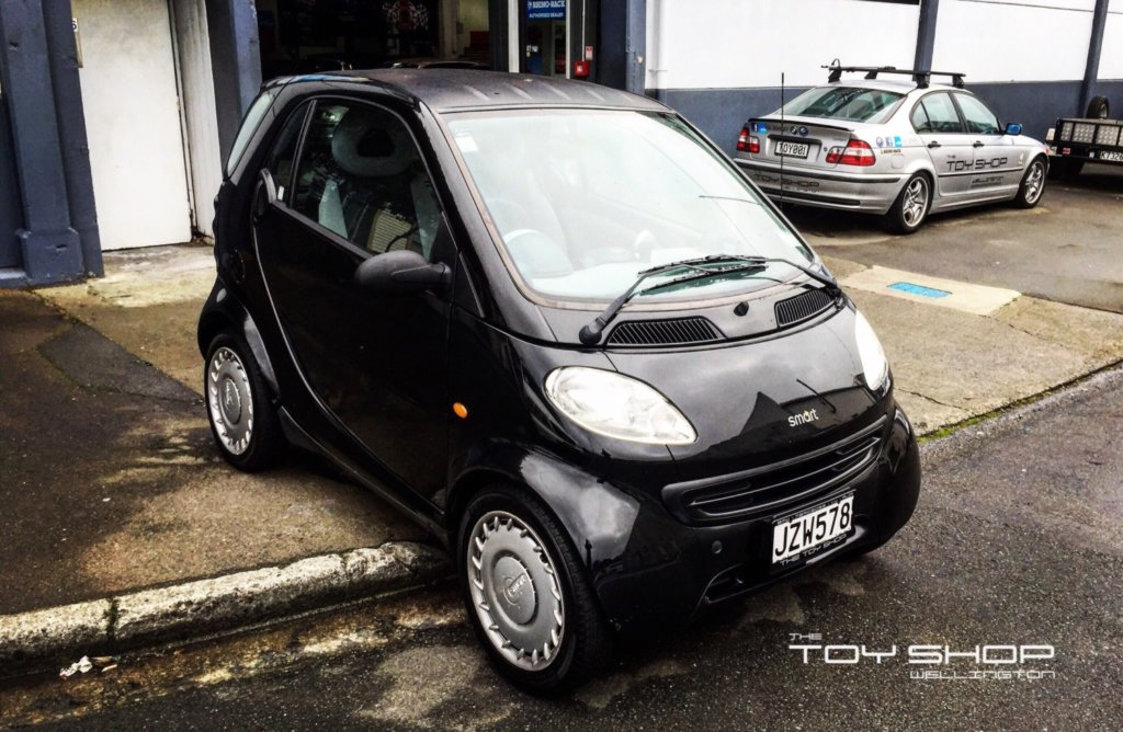 Toy-Shop-Wellington-smart-fortwo-mercedes-forsale