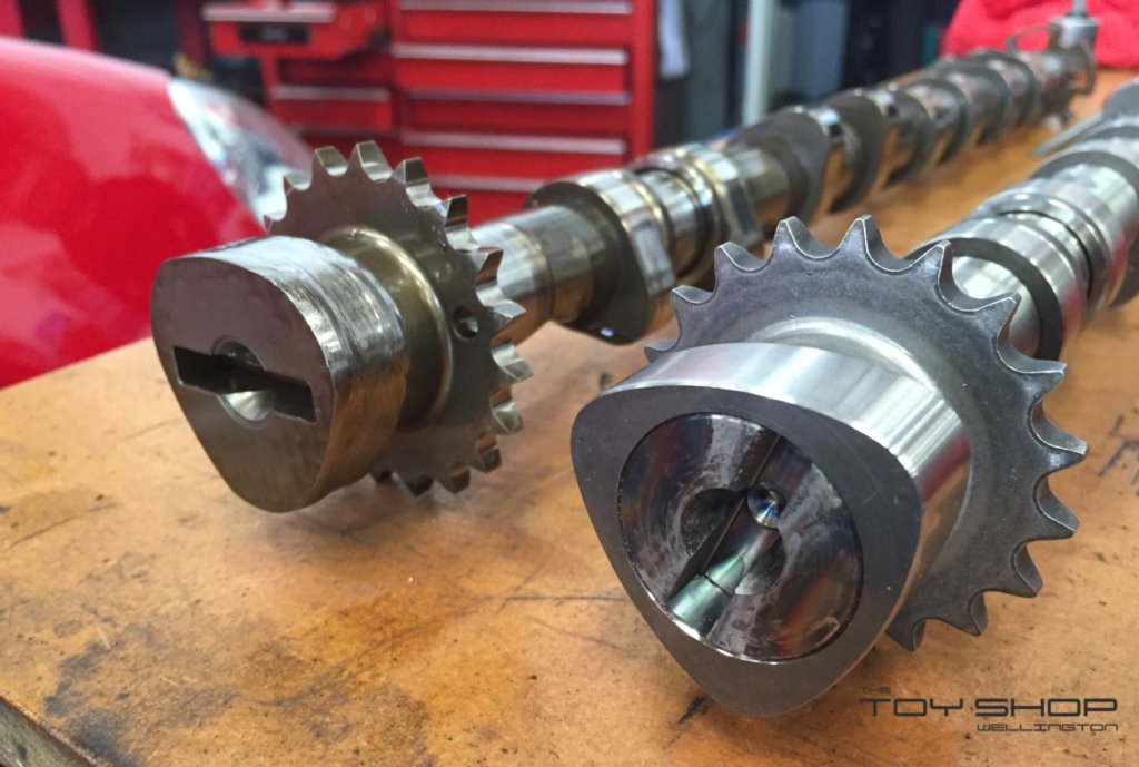 toy-shop-wellington-vw-golf-gti-camshaft-failure-4
