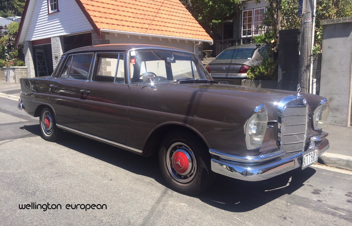 classic 1962 mercedes 220s for sale wellington european. Black Bedroom Furniture Sets. Home Design Ideas